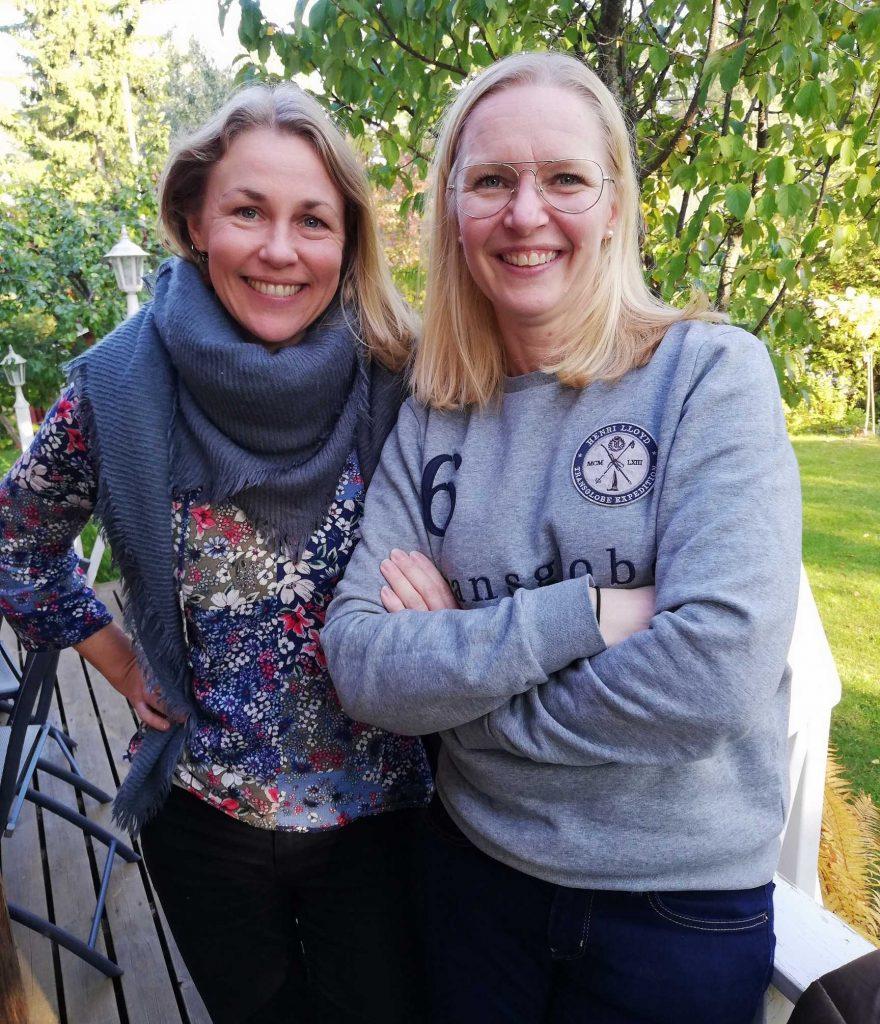 Kuvassa CIsumusan etämuskarin vetäjät, Riitta Koski-Helfenstein ja Nina Kuusinen