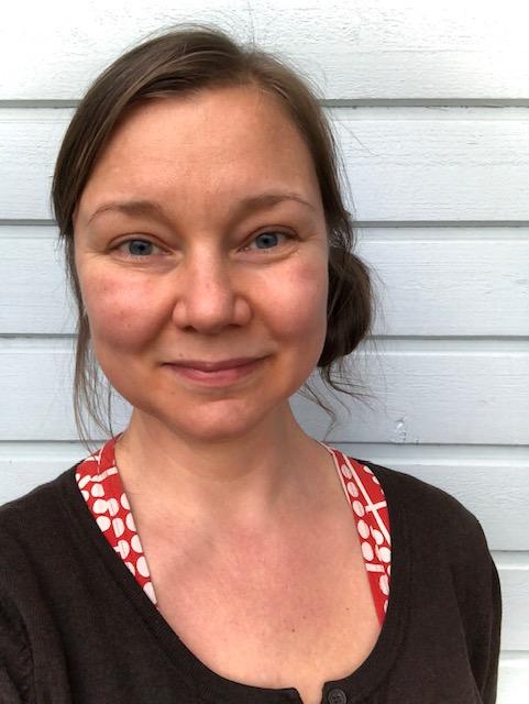 Kuvassa etualalla Tanja Rasmussen.